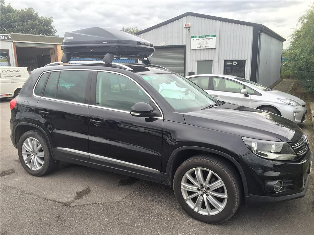 2013 VW Tiguan   Thule Touring 100 Roof Box